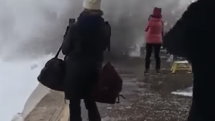 Waiting Passengers Get Blasted By Snow | Train Fanatics Videos