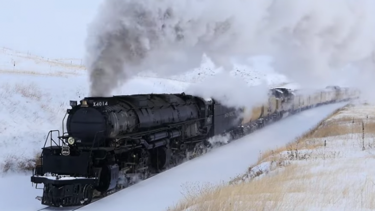 Big Boy #4014 In A Winter White Wonderland | Train Fanatics Videos