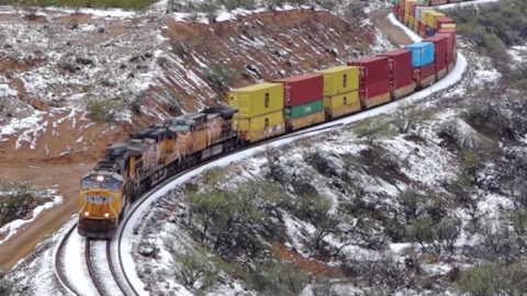 UP Intermodal In Southern Arizona Snow