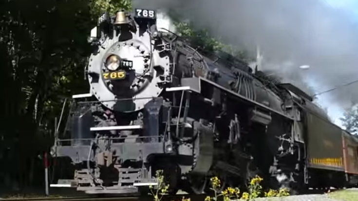 Pacing The NKP #765 Up Close | Train Fanatics Videos