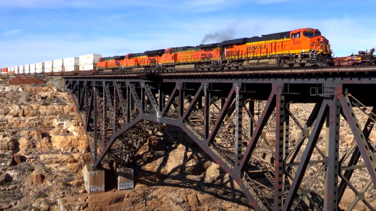 BNSF On The Southern Transcon | Train Fanatics Videos