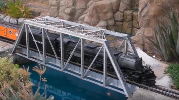 Big Boy G Scale Backyard Railroad | Train Fanatics Videos
