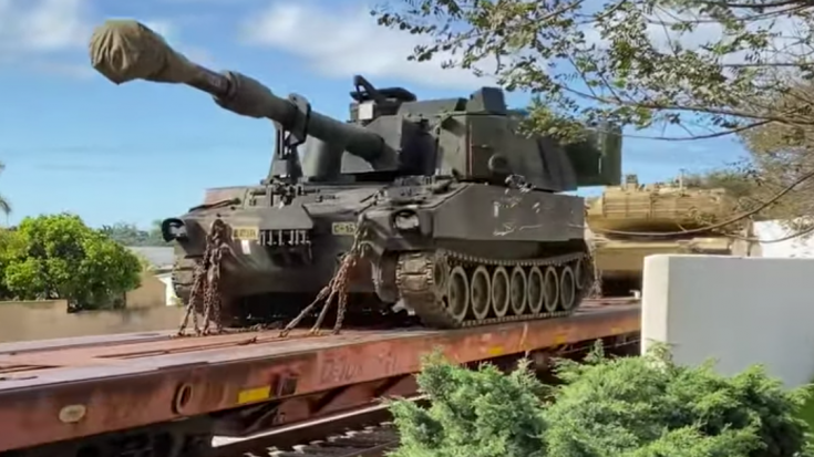 Military Train – Repositioning Tanks | Train Fanatics Videos