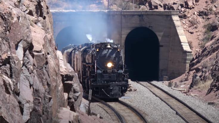Big Boy #4014 & UP 844 Across Wyoming | Train Fanatics Videos