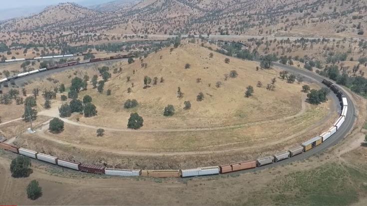 The Tehachapi Loop | Train Fanatics Videos