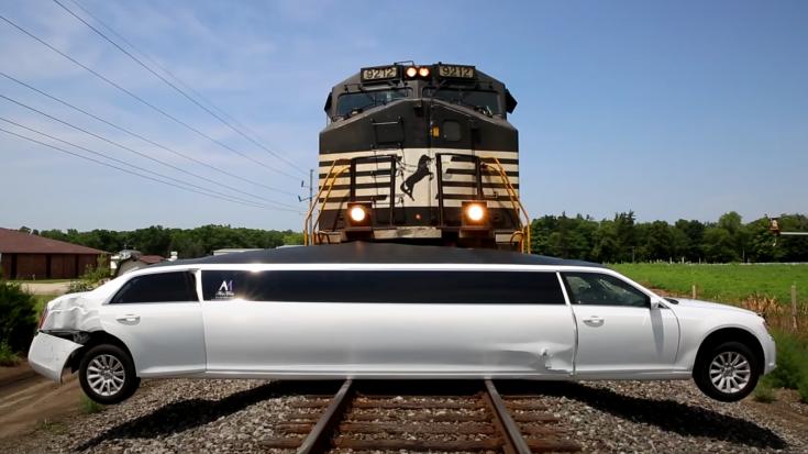 10,000 Ton NS Freight Slams Into Limo | Train Fanatics Videos