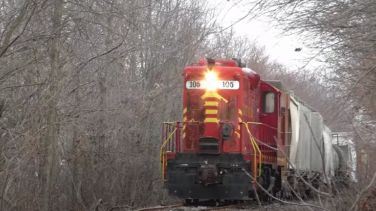 Nothing Wrong With These Tracks ….. | Train Fanatics Videos