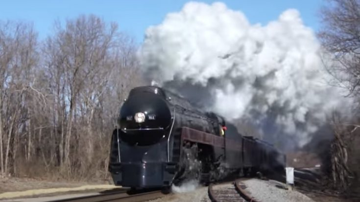 J 611 Black Beauty | Train Fanatics Videos