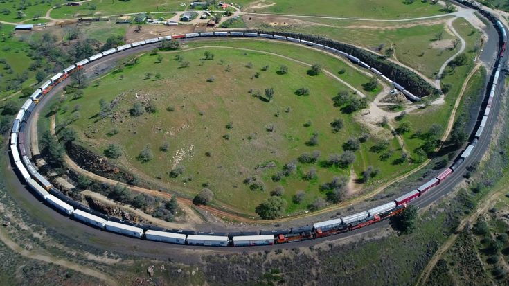 Birdseye View Of The Tehachapi Loop | Train Fanatics Videos