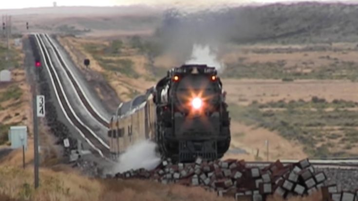 Big Boy 4014 Passes Medicine Bow | Train Fanatics Videos