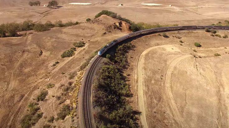 Amtrak Rounds The Horseshoe Curve   Train Fanatics Videos