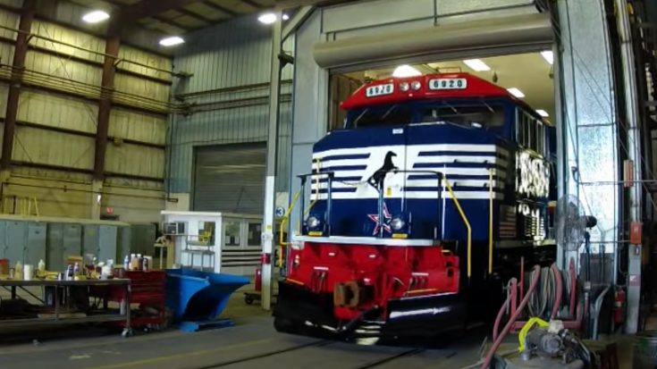 Painting Norfolk Southern's  #6920 | Train Fanatics Videos