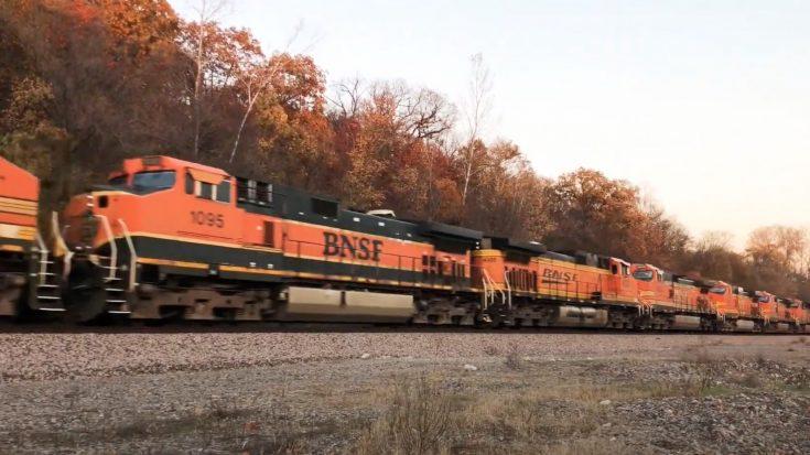 25 Locomotive BNSF Power Move | Train Fanatics Videos