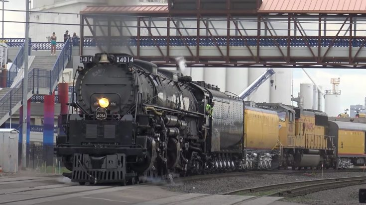 Big Boy Back On The Rails   Train Fanatics Videos