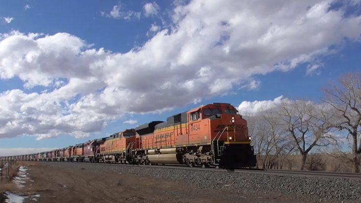 Multi Colored BNSF Power Move | Train Fanatics Videos