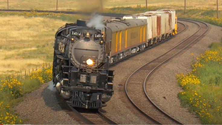 Big Boy Takes On Archer Hill   Train Fanatics Videos
